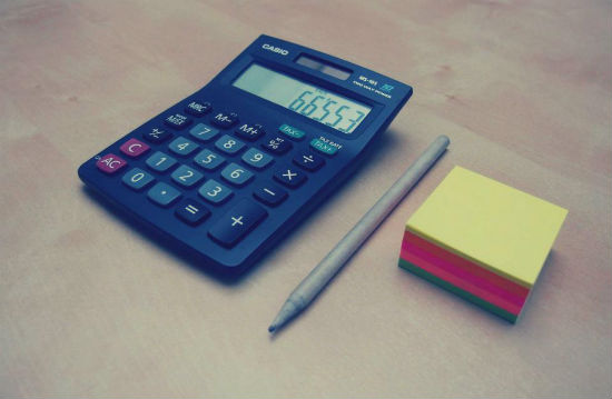calculator-pen-postit.jpg